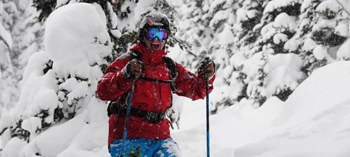 How to Optimize Your Ski Day With the Right Gear