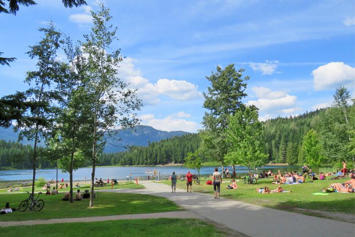 Lost Lake Park whistler ile ilgili görsel sonucu