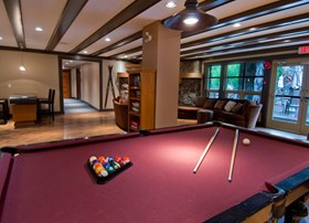Legends Alpine Room complete with a billiard table